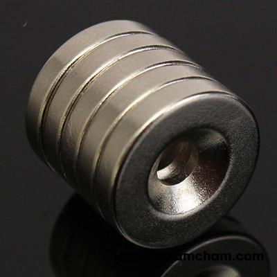 Nam châm đất hiếm 10x2 lỗ 3 lỗ vát 6mm